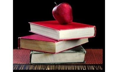 apple with books